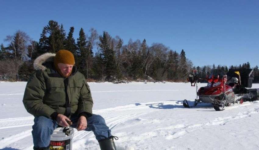 Зимняя рыбалка на Печенежском водохранилище 2015-2016
