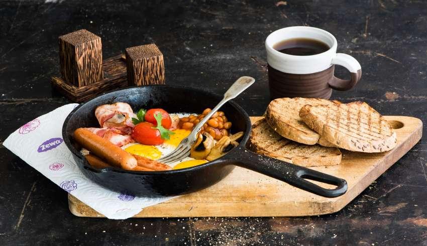 Что полезнее на завтрак